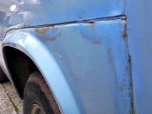 fender rust on a volkswagen van