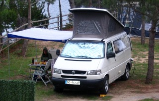 Van Cafe: Vanagon Parts - Shady Boy Awning | Camper