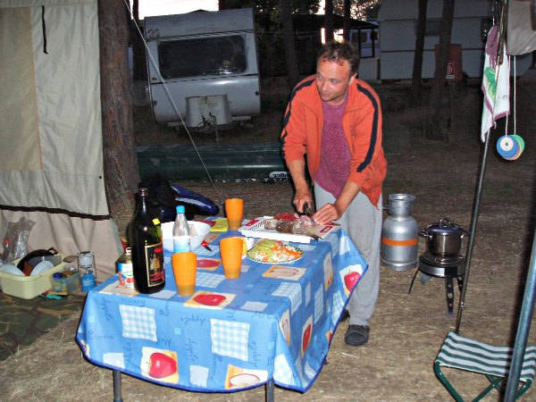 get your camping kitchen running - Camping Kitchen Ideas