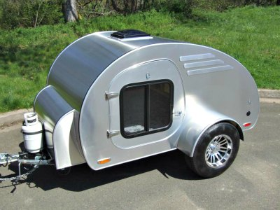 Oregon Trail'R FronTear  teardrop camper.